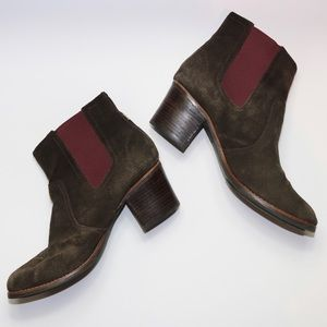 Sperry Marlow Heeled Chelsey Boot Brown Suede 10
